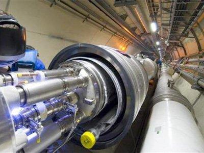 Linux ajuda em pesquisa na física de partículas